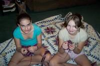 Girlsknitting_004