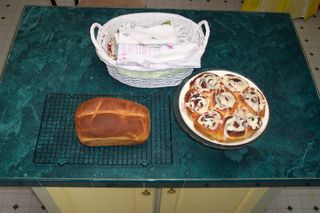 Breadcinnrolls